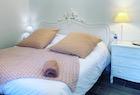 studio-pink-menu-140x95
